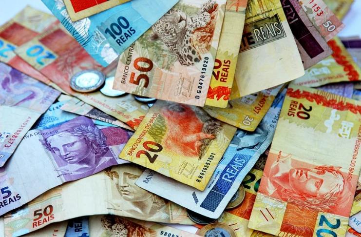 Real estável antes da reunião do Banco Central; Pesos do Chile e Colombia saltam